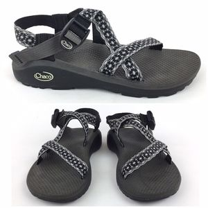 Chaco Classic Strappy Sports Sandals Woman s SZ 8 5299a179e9